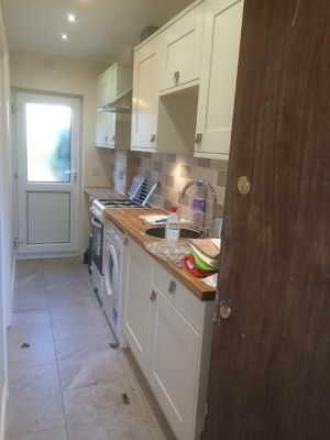 call-handyman-kitchen-installation-renovation-london-7